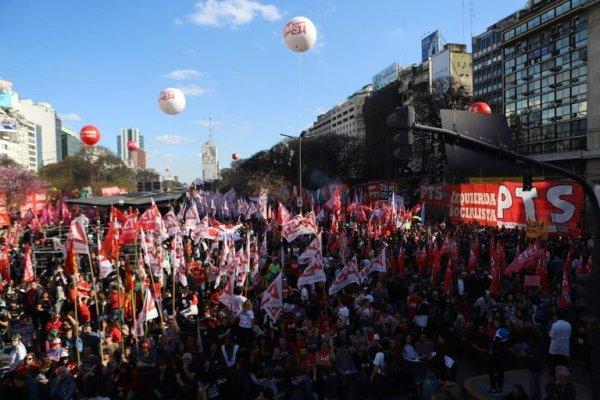 Estudiantes de la UNQ piden la unidad de la izquierda